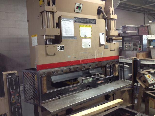 Cincinnati-60-CBIIx4-60-Ton-x-6-3-Axis-CNC-Hydraulic-Press-Brake