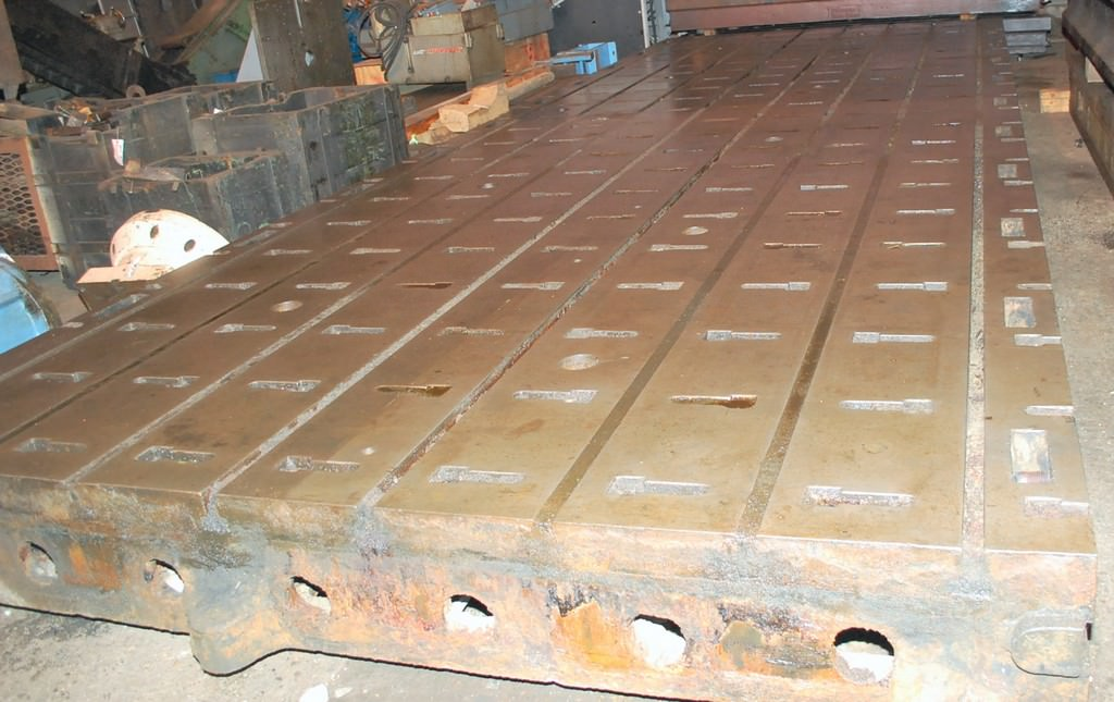 (1)-T-Slotted-Floor-Plates