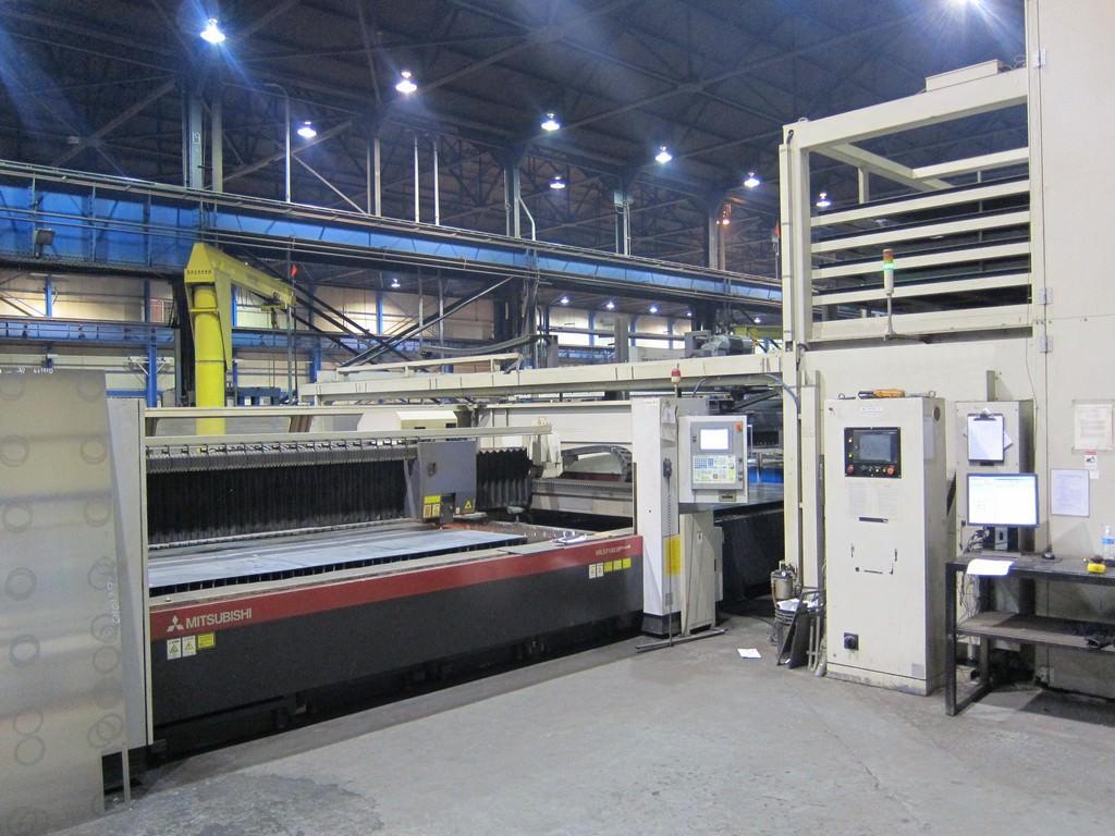 Mitsubishi-ML-3718-LVP-Plus-II-4000-Watt-CNC-Laser
