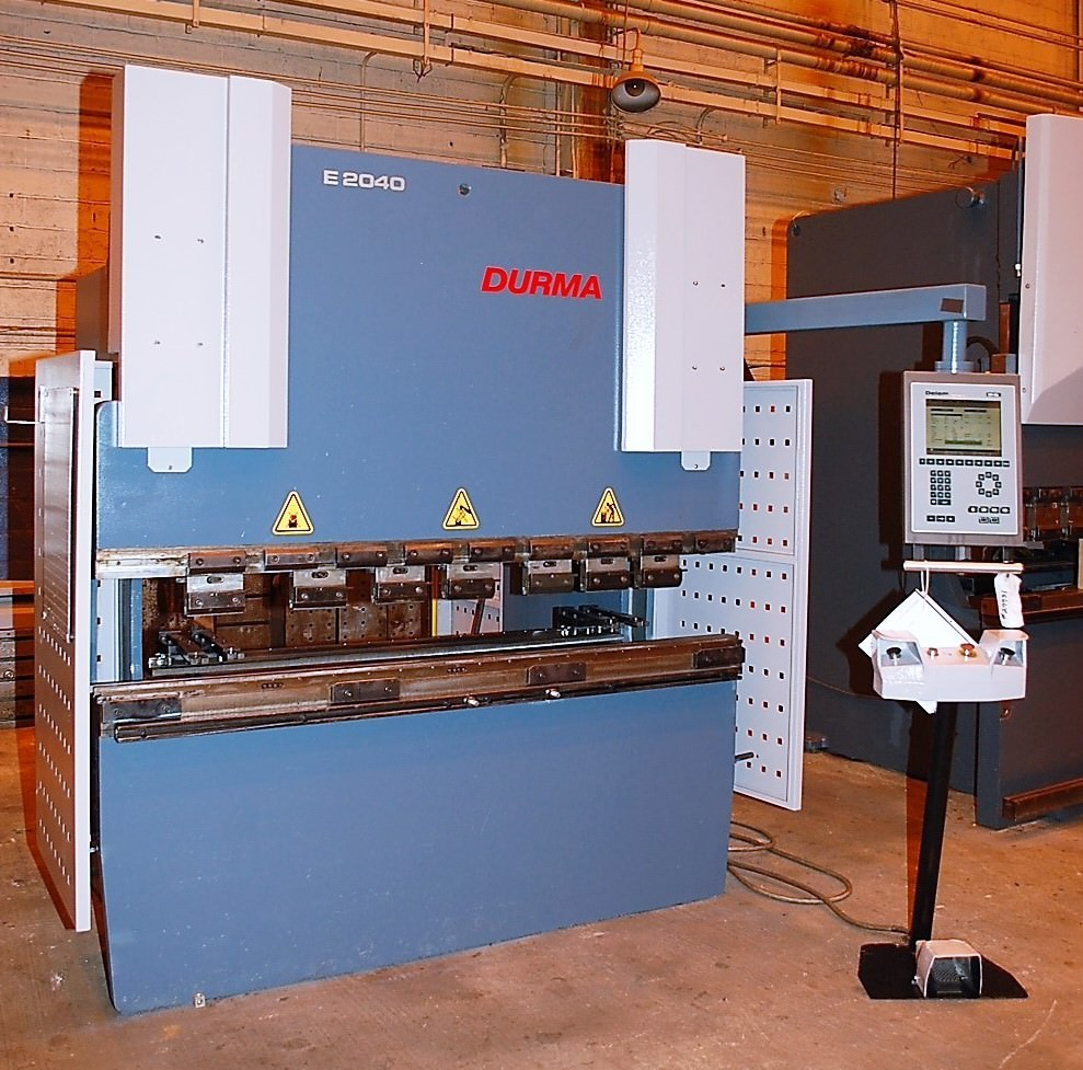 Durma-E-2040-44-Ton-x-81-CNC-Hydraulic-Press-Brake