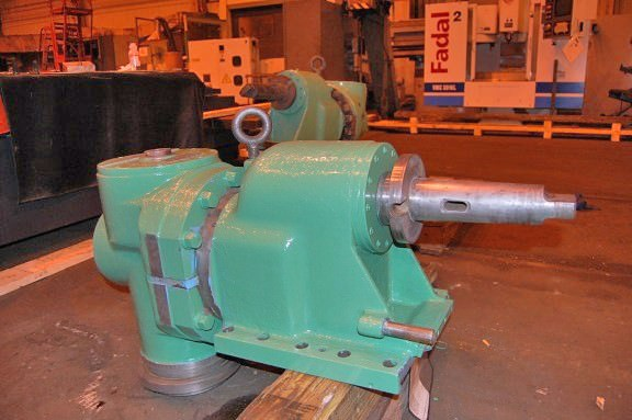Giddings-&-Lewis-Right-Angle-Milling-Attachment